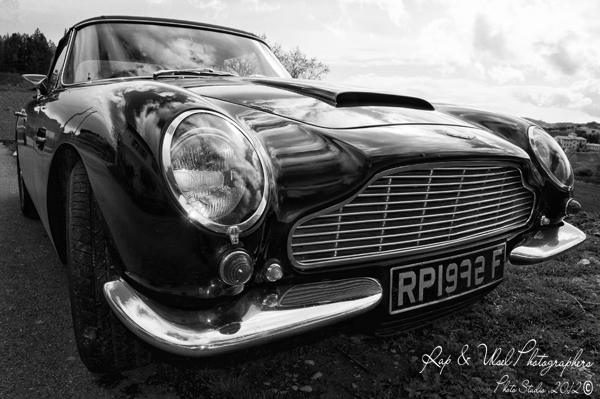 Aston Martin Volante Vantage Superleggera